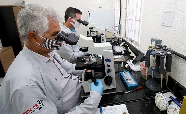 A atuação do farmacêutico mostrou-se ainda mais relevante diante da pandemia de COVID-19,