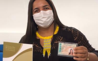 Indígena investe na profissão farmacêutica para ampliar saberes